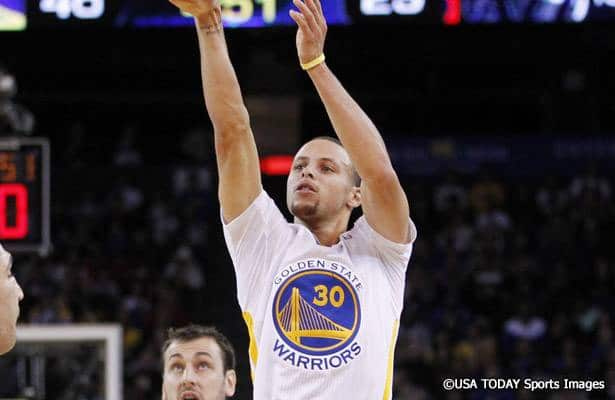 Stephen_Curry_Warriors_2014_USAT1