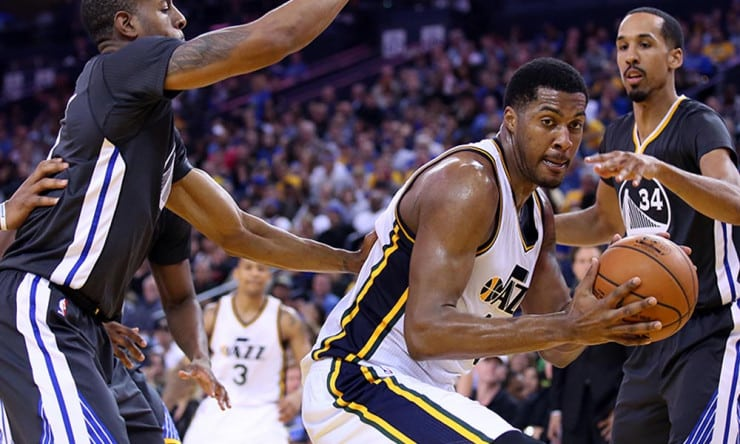 Utah Jazz Should Restructure Derrick Favors' Contract ...