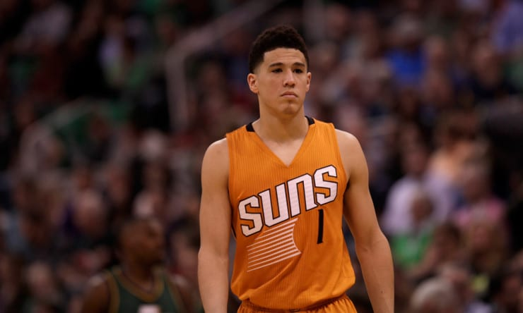 Suns Devin Booker Leaves Game With Strained Adductor