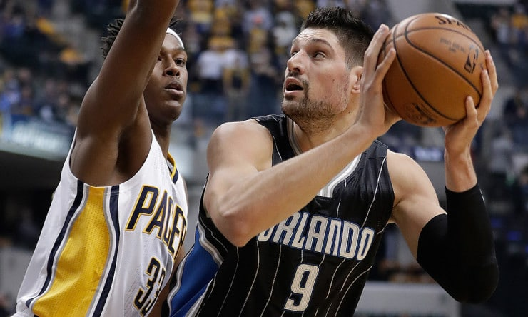 Nikola_vucevic_magic_2016_ap_5