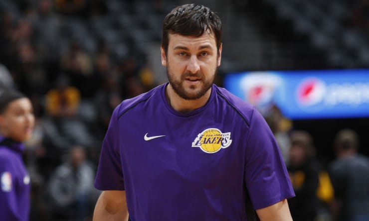 Andrew_bogut_lakers_2017_ap