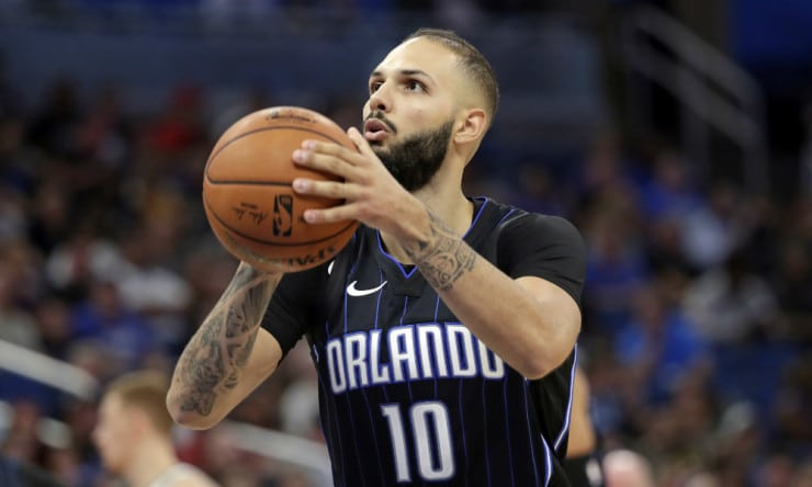 Evan_fournier_magic_2019_free_throw_ap